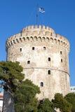 Witte Toren op een zonnige middag De Witte toren is één van de belangrijkste monumenten van Thessaloniki, tweede stad van Grieken royalty-vrije stock afbeeldingen