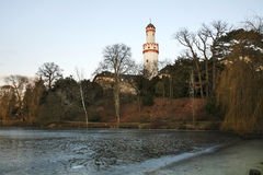 Witte Toren (Schlossturm) in Slechte Homburg duitsland stock foto