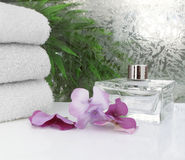 Witte towels Spa Scène Royalty-vrije Stock Afbeeldingen