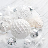 Witte uitstekende Kerstmisballen Royalty-vrije Stock Foto