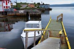 Witte vissersboot royalty-vrije stock foto's