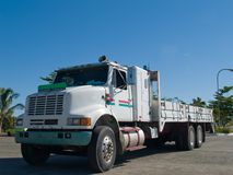 Witte Vrachtwagen Stock Foto