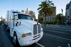 Witte Vrachtwagen in San Francisco royalty-vrije stock foto