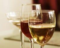 Witte Wijn en Rode Wijn Royalty-vrije Stock Fotografie