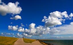 Witte wolken royalty-vrije stock afbeelding