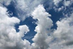 Witte wolken Stock Afbeelding