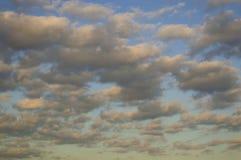 Witte Wolken Royalty-vrije Stock Foto's