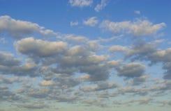 Witte Wolken Stock Foto