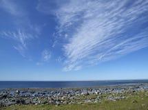 Witte wolken en blauwe hemel Royalty-vrije Stock Afbeeldingen