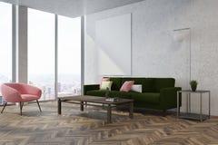 Witte woonkamerhoek, roze leunstoel Stock Foto's