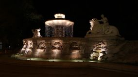 Wittelsbach springbrunn i Munich, Tyskland stock video