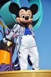 świętuje prawdziwą myszki miki przychodzącą wymarzoną paradę Fotografia Stock