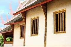 Świątynia w Tajlandia, Złocista świątynia i pagoda w świątyni którą polubił modlić się buddyjskiego buddhism który tożsamość kraj Obraz Stock