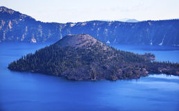 Wizard Island Crater Lake Blue Sky Oregon Stock Photography