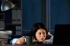 Wizerunek śpiąca lekarka z kawą Obraz Royalty Free