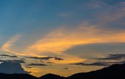 wizerunek góra i zmierzchu niebo Zdjęcie Stock