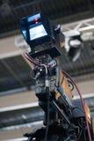 Wizerunek kamera wideo pod tripod zdjęcie stock