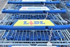 08/06/2017 wizerunek LIDL supermarketa logo Melle, Niemcy -/- Obrazy Stock