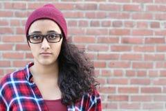 Wizerunek osamotniona brunetka nastoletnia z kopii przestrzenią zdjęcie royalty free
