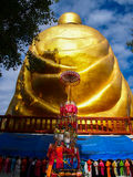 Wizerunek plecy złocista Buddha statua Zdjęcia Stock