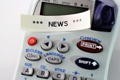 Wizerunek ` wiadomości ` pisać na alabeling przyrządzie - zakończenie up zdjęcie stock