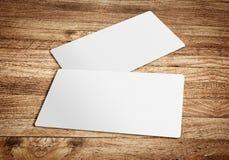 Wizytówka szablon na drewnianej deski stole, szablon dla brandi Fotografia Stock