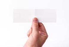 Wizytówki odizolowywać na białym mieniu w rękach Obrazy Royalty Free