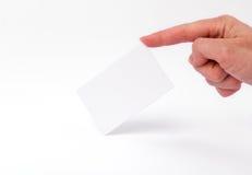 Wizytówki odizolowywać na białym mieniu w rękach Obraz Stock