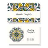 Wizytówki z ręką rysującą wokoło ornamentu, mandala/projektują Zdjęcia Royalty Free