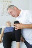 Wizyta osteopatia Zdjęcia Stock