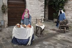 Wizyta piękny średniowieczny miasteczko Umbria region podczas Bożenarodzeniowych wakacji z narodzenie jezusa sceną naturalnych ro Zdjęcia Royalty Free