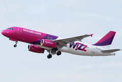 Wizz Air. Airbus A320 taking off Stock Image