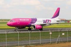 Wizz Air flygbuss A320-232 Royaltyfri Fotografi