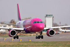 Wizz Luft Airbus A320 Stockfoto