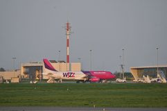 Wizzair plane landing Royalty Free Stock Image