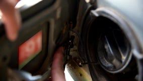 Wkłada wiosny assy paliwo dla samochodu zdjęcie wideo