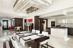 Wnętrza, luksusowa jadalnia Obraz Royalty Free