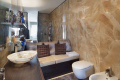 Wnętrza, piękna łazienka obrazy royalty free