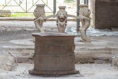 Wnętrze antykwarski rzymski dom przy Pompeii, Włochy fotografia stock