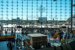 Wnętrze Berlińska Hauptbahnhof Główna stacja w Berlin Zdjęcie Royalty Free