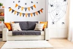 Wnętrze dekorujący dla wakacyjnego Halloween dom fotografia royalty free