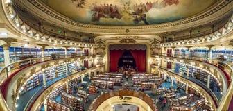 Wnętrze El Ateneo Uroczysta Prześwietna księgarnia - Buenos Aires, Argentyna fotografia royalty free