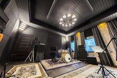 Wnętrze fachowy studio nagrań z musicalem ja Zdjęcie Royalty Free