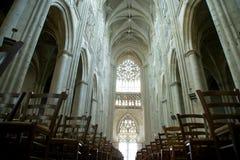 Wnętrze Gocka katedra święty Gatien, wycieczki turysyczne, Francja Obraz Stock