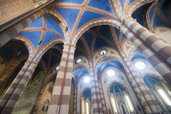 Wnętrze katedra albumy Cuneo, Włochy (,) Obrazy Royalty Free