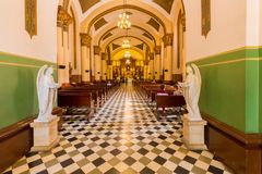 Wnętrze kościelny San José Poblado Medellin zdjęcie stock