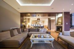Wnętrze luksusowy żywy pokój Fotografia Stock