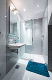 Wnętrze mała łazienka Fotografia Stock