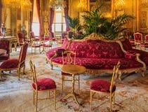 Wnętrze mieszkania Napoleon III w louvre muzeum w Paryż, Francja z luksusowymi barokowymi meblowaniami i oszałamiająco, obrazy stock