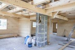Wnętrze niedokończony drewniany dom fotografia royalty free